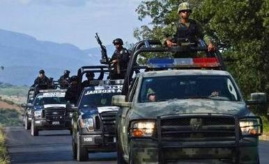 mexico_policias_camion_386