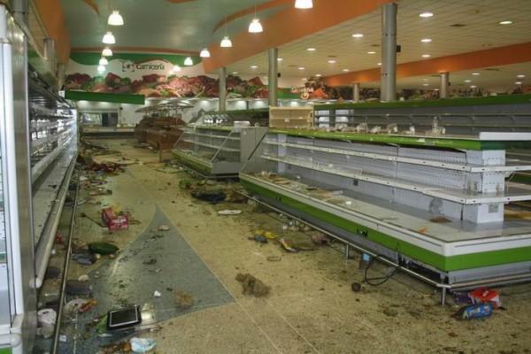 supermerc_saqueo_700